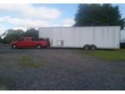 2013 United Gooseneck-5th-Wheel-Trailer Trailer in Hagerstown, MD