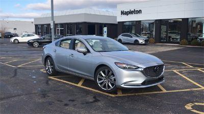 2018 Mazda Mazda6 Signature (Sonic Silver Metallic)