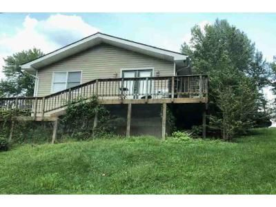 3 Bed 2 Bath Foreclosure Property in Ironton, OH 45638 - Woodland Dr