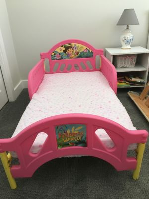 Dora the Explorer Toddler Bed