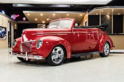 1939 Ford Deluxe Sedan Convertible Street Rod