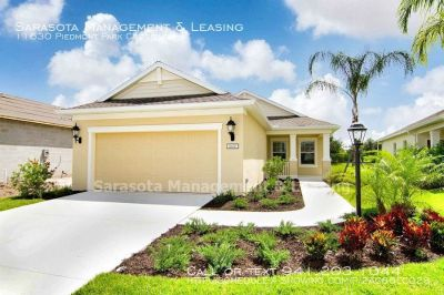 Brand New 3 Bedroom 2 Bath home with Den in Central Park, Lakewood Ranch