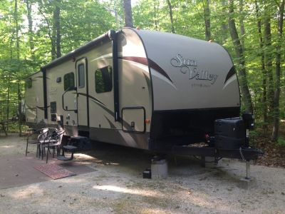 2015 Evergreen SUN VALLEY 280BH LTD