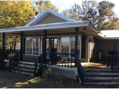 4 Bed 3 Bath Foreclosure Property in Minter, AL 36761 - County Road 994