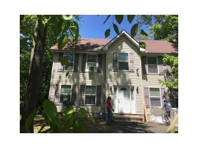 3 Bed 2 Bath Foreclosure Property in Tobyhanna, PA 18466 - Coach Rd
