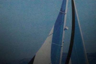 2001 Hunter 42
