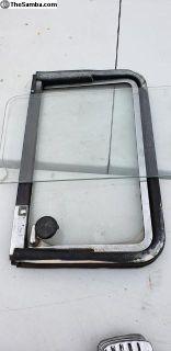 Late model bus rear side vent window