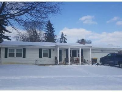 3 Bed 1 Bath Foreclosure Property in Haslett, MI 48840 - Sherbrook Way