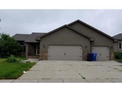 2 Bed 2 Bath Foreclosure Property in Sioux Falls, SD 57108 - W 88th St