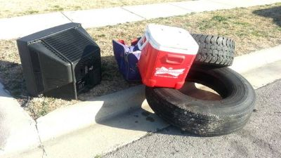CURB ALERT TIRES, TV, ICE CHEST (killeen)