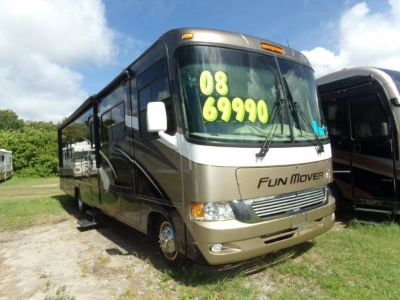 2008 Four Winds Fun Mover, Magnificent Class A Toy Hauler W/