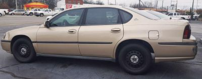 2004 Chevrolet Impala Base (Gold)