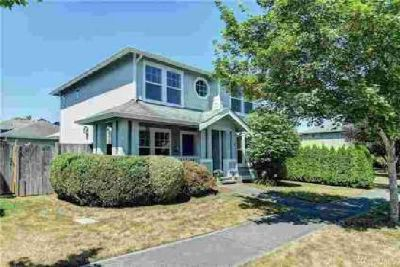 15798 Lakeview Ave SE Monroe Three BR, Beautiful home in the very