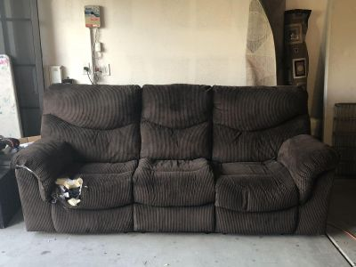 Free electric reclining couch