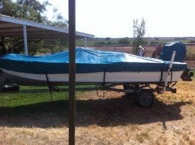 Alumacraft Fishing Boat 16ft w motor  trailer