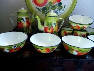 antique fruit enamel ware enamelware set of 16 pieces 6 bowls platter 5 cups ++