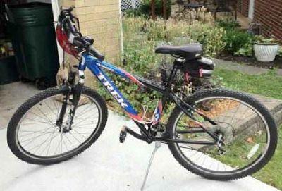 $250 Trek 4500 Bike - 26-in Wheels - 24 gears -