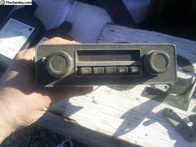 "Boman ""Starfire XX!"" AM/FM Radio"