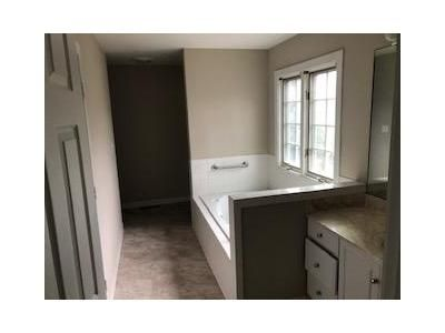 3 Bed 2.5 Bath Foreclosure Property in Abingdon, VA 24210 - Hill Dr NE