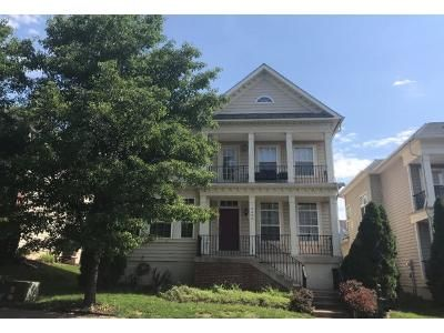 4 Bed 2.5 Bath Preforeclosure Property in Manassas, VA 20110 - Stoddard Dr