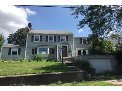 4 Bed 1.5 Bath Foreclosure Property in Meriden, CT 06451 - Fairmount Ave