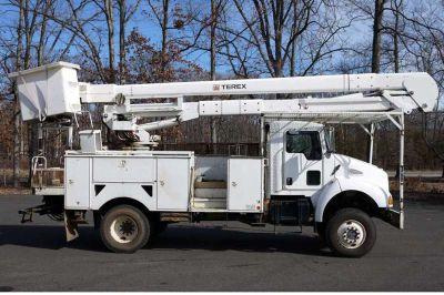 8796 - 2006 Kenworth T300 4x4; 55 Terex 5tc- 55 Hiranger Bucket Truck