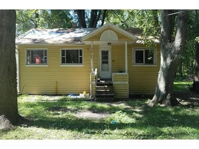 2 Bed 1 Bath Foreclosure Property in Leesburg, IN 46538 - Ems B1a Ln