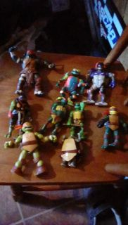 Lot of 9 teenage mutant ninja turtles figs