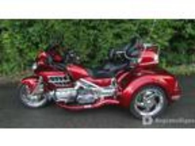 2010, HONDA, Gold Wing