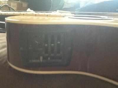 $200 OBO Yamaha electric acoustic guitar