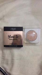 Ciate London Glow-To Highlighter in Moonlight