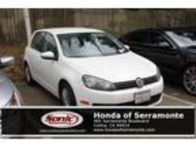 Used 2014 Volkswagen Golf White, 39.6K miles