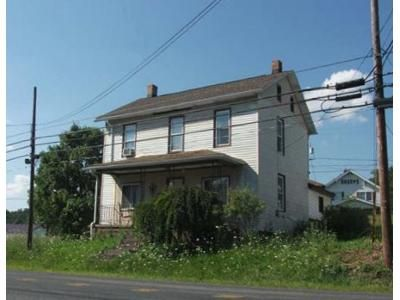 3 Bed 1 Bath Foreclosure Property in Windber, PA 15963 - Graham Ave