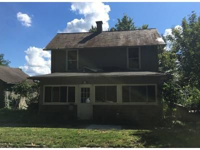 2 Bed 1.5 Bath Preforeclosure Property in Newark, OH 43055 - Ridge Ave