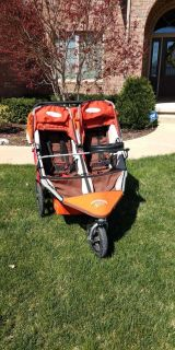 BOB duallie stroller with toddler bar and accessories