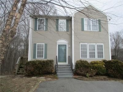 3 Bed 2 Bath Foreclosure Property in Coventry, RI 02816 - Hunters Crossing Dr