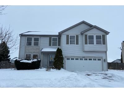 3 Bed 2.5 Bath Preforeclosure Property in Wonder Lake, IL 60097 - Brookside Way