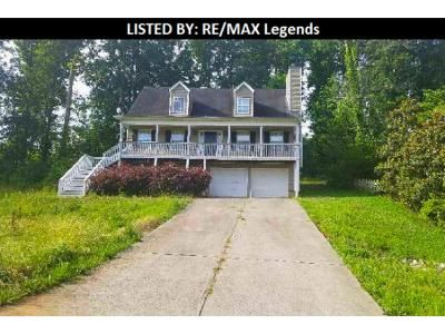 3 Bed 2.5 Bath Foreclosure Property in Gainesville, GA 30506 - Baycreek Ln