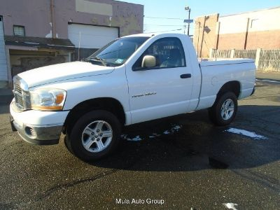 2006 Dodge Ram 1500 SLT 4WD 5-Speed Automatic