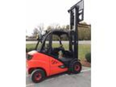 2014 Diesel Linde H30D Pneumatic Tire 4 Wheel Sit Down