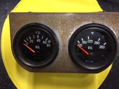 VDO Oil Pressure & Temperature Gauges w/ mount