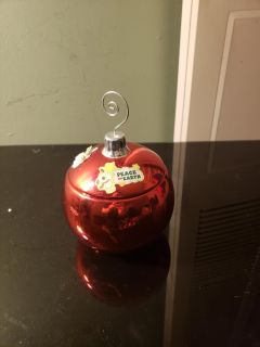 Ornament candle holder