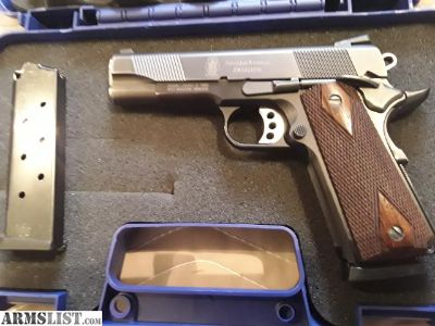 For Sale: Smith & Wesson 1911 PD