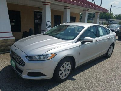 2014 Ford Fusion S (Silver)