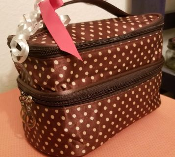 2New makeup bags/coin purse-$6/$4/$3orall $10