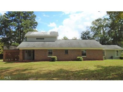 3 Bed 2 Bath Foreclosure Property in Manchester, GA 31816 - Parkman Dr
