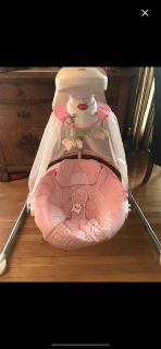 Fisher price Baby swing pink
