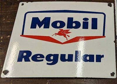 Mobil Regular pump sign