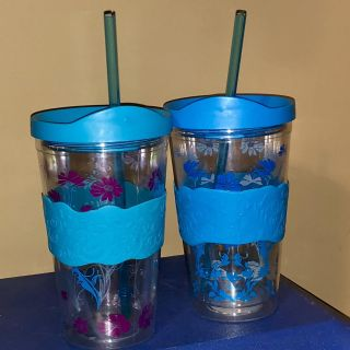Pair of tumblers with comfort grip-price for both