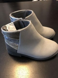Gymboree gray suede and glitter booties size 9